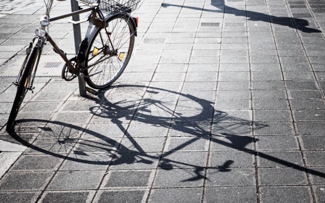 streetphotography streetfotografie streetlife nürnberg schatten bewegung